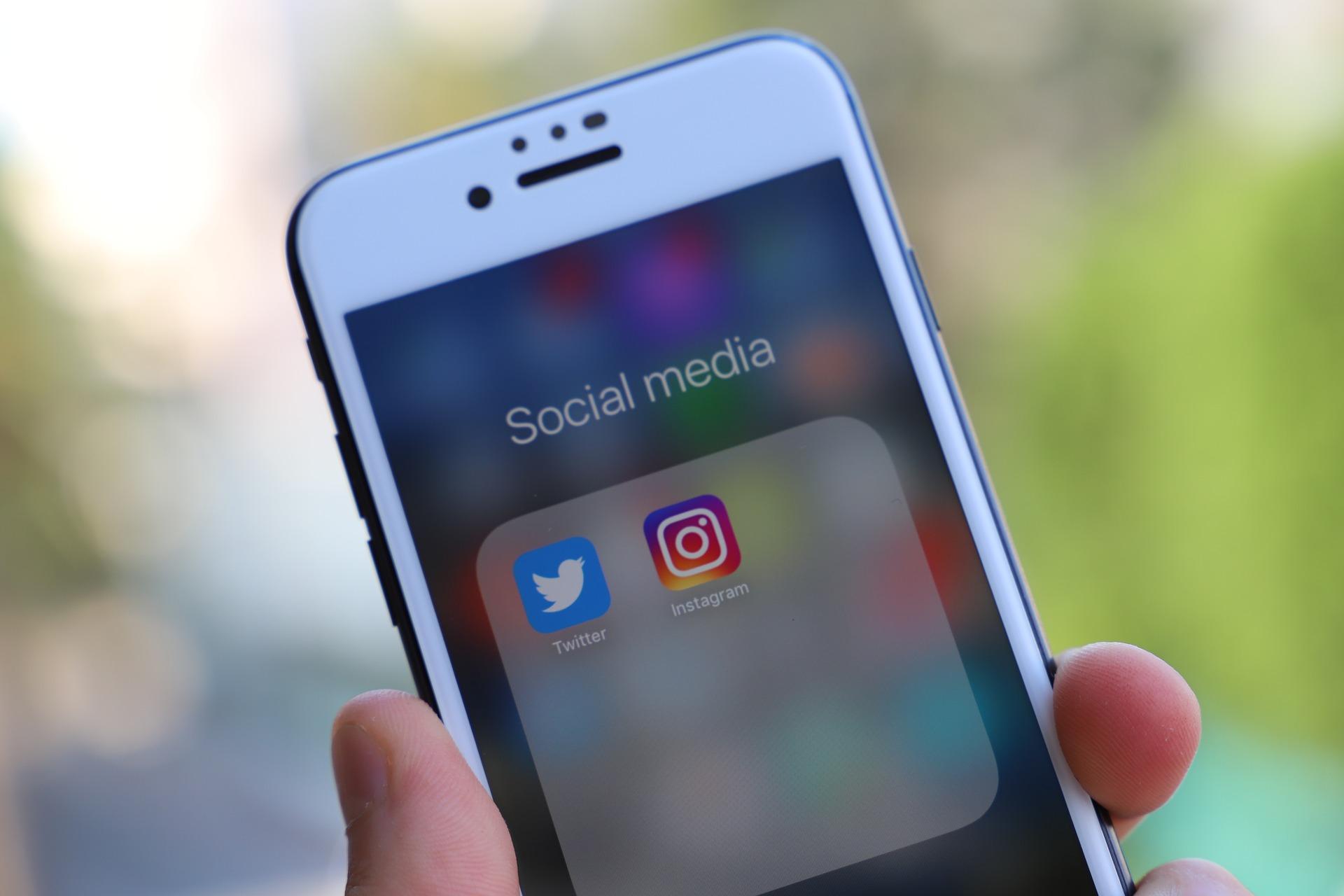 Médias sociaux: comment conditionnent-ils notre quotidien?